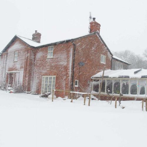 Upper Heath Farm in the wintery snow, Self Catering house in Shropshire England